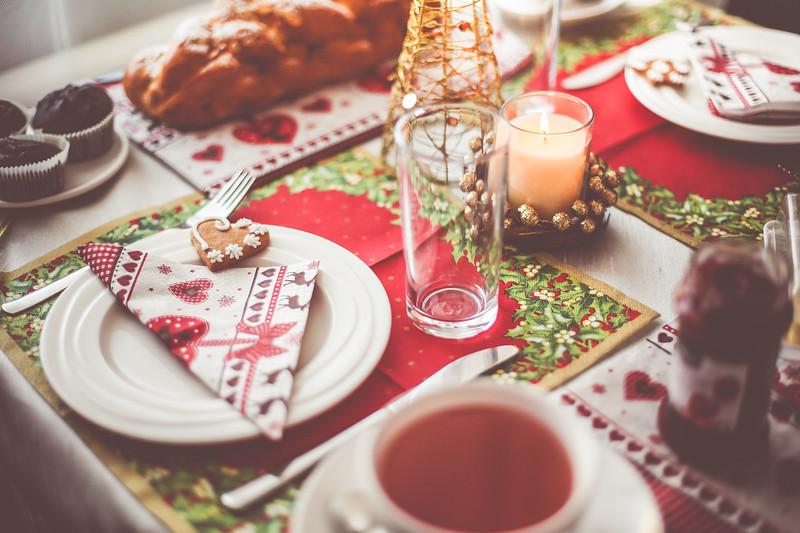 lovely-christmas-morning-breakfast-picjumbo-com.jpg