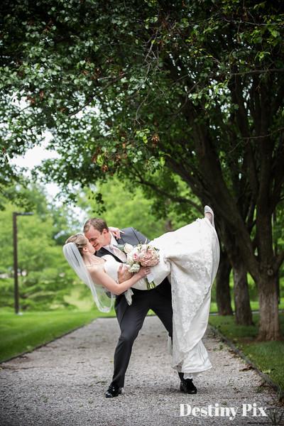 Lindsay and Aaron's Wedding Pix