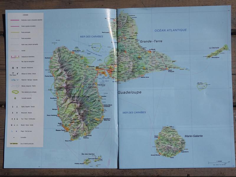 001_Guadeloupe. Carte. Surnommée, l'île papillon.JPG