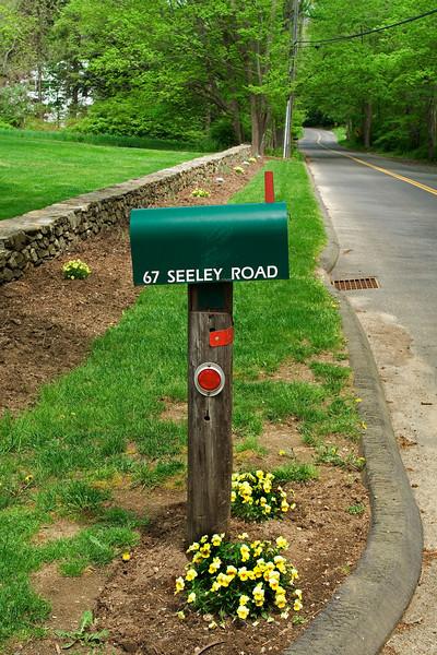 Mail Box 1.jpg