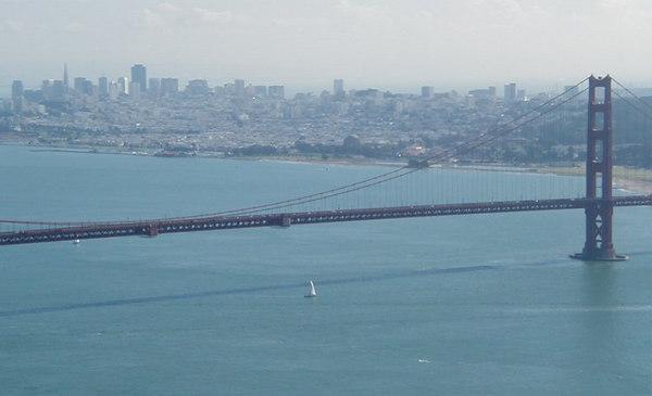 4_bridge_skyline2.jpg