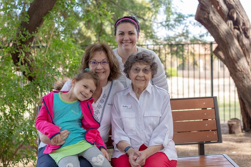 DGM 2018 Grandparents-349.jpg