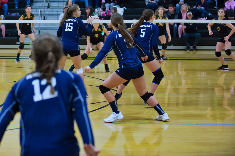 2018 HMS Volleyball-12.jpg