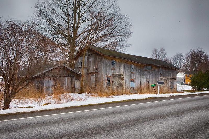 snow barn-7167.jpg