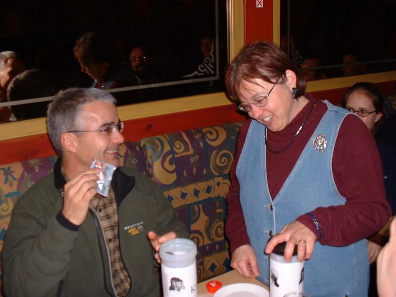2002_1107_1220 dîner départ Suzanne Duscheneau 2.jpg