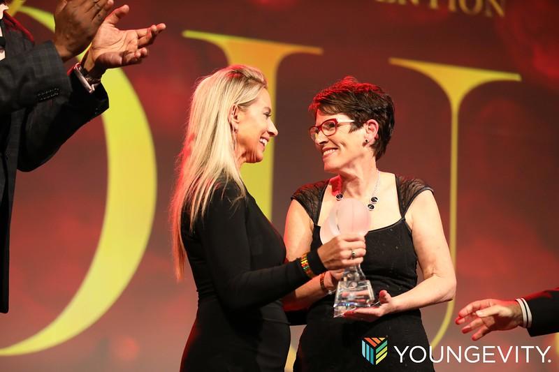 09-20-2019 Youngevity Awards Gala CF0208.jpg