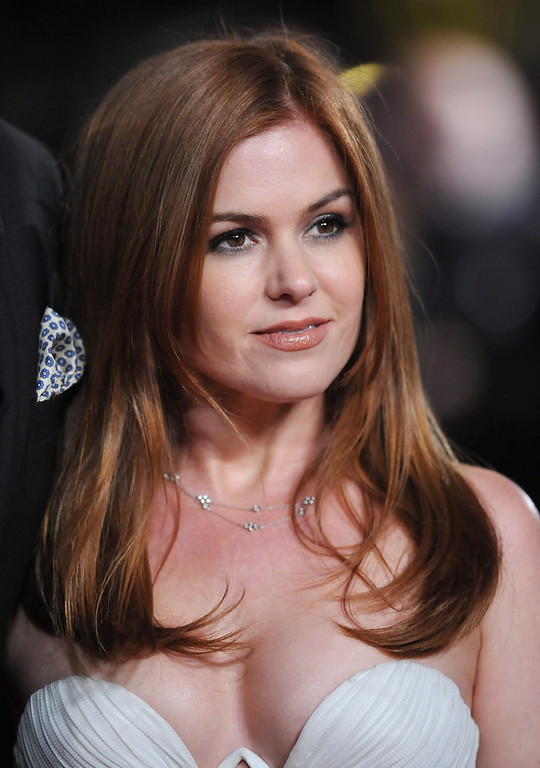 """. Actress Isla Fisher attends the \""""Les Miserables\"""" World Premiere at the Odeon Leicester Square on December 5, 2012 in London, England.  (Photo by Stuart Wilson/Getty Images)"""