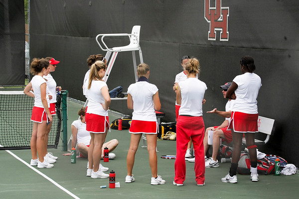 UH Tennis vs S Miss