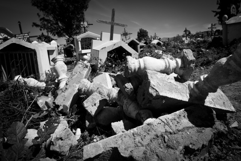 Sucre 201205 Cemetery (39).jpg