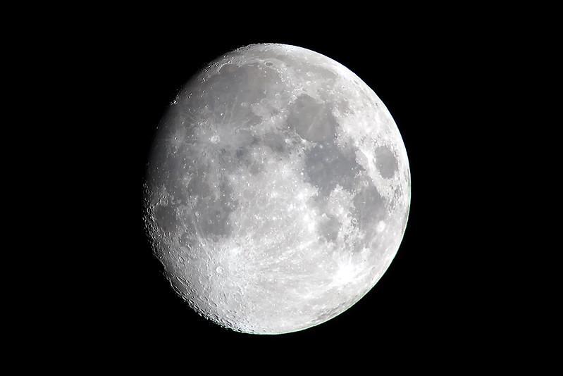 Moon_01_JFK_08Oct2011.jpg