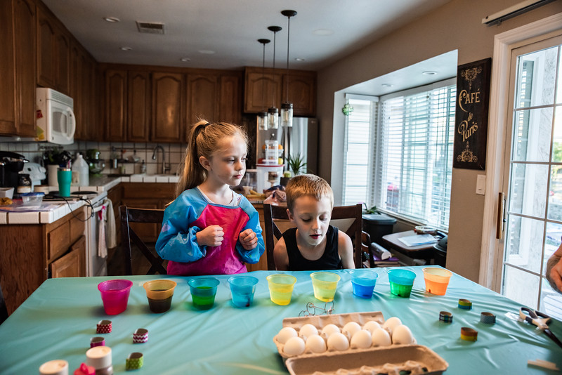 Easter Egg Dying 2020-9603.jpg