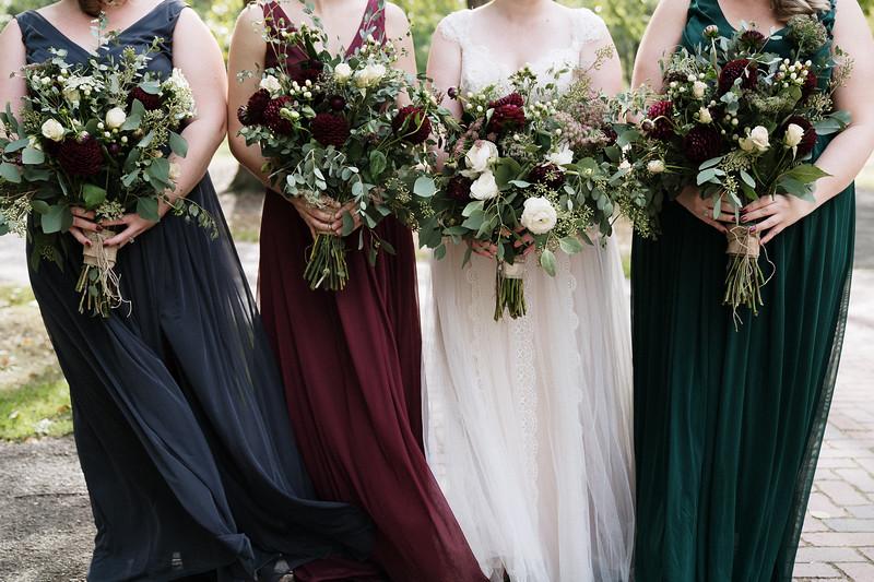 rustic_ohio__fall_barn_wedding-112.jpg