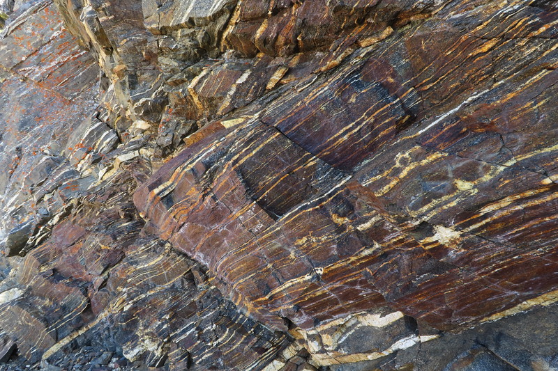 Very cool rocks up close
