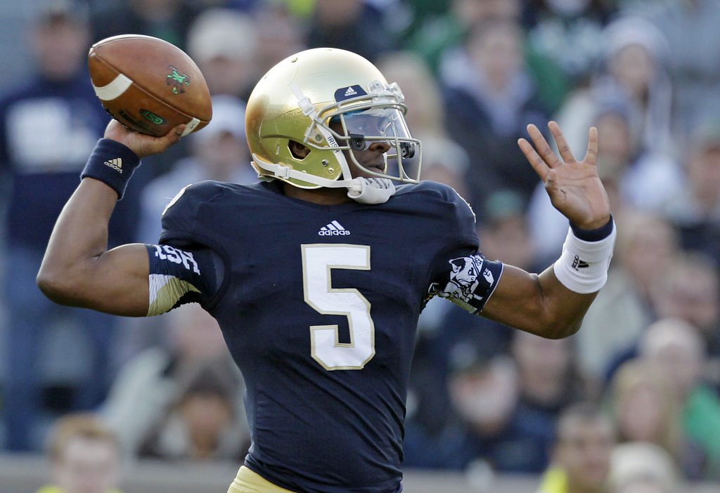 """. 10. (tie) NOTRE DAME FIGHTING IRISH <p>Guess the quarterback wasn�t the only guy cheating. (3) </p><p><b><a href=\""""http://www.suntimes.com/sports/29284080-419/cheats-could-bring-heat-on-nd-coach-brian-kelly.html\"""" target=\""""_blank\""""> LINK </a></b> </p><p>   (AP Photo/Michael Conroy)</p>"""