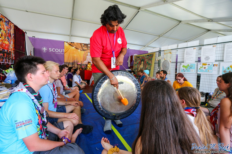 Learning Buddhist Meditation at the World Jamboree
