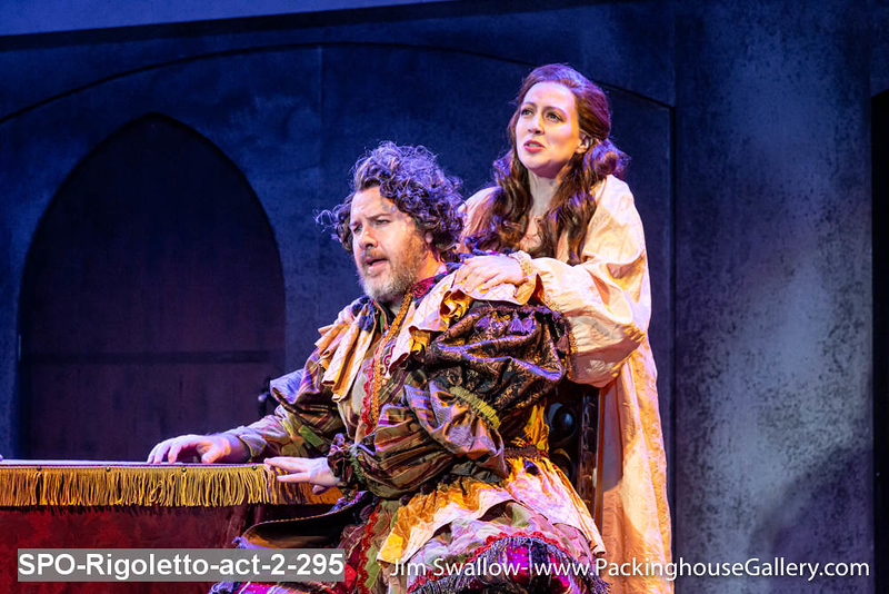 SPO-Rigoletto-act-2-295.jpg