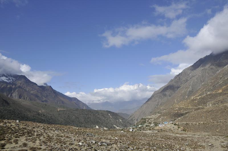 080518 2945 Nepal - Everest Region - 7 days 120 kms trek to 5000 meters _E _I ~R ~L.JPG