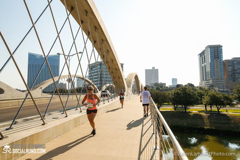 Fort Worth-Social Running_917-0223.jpg