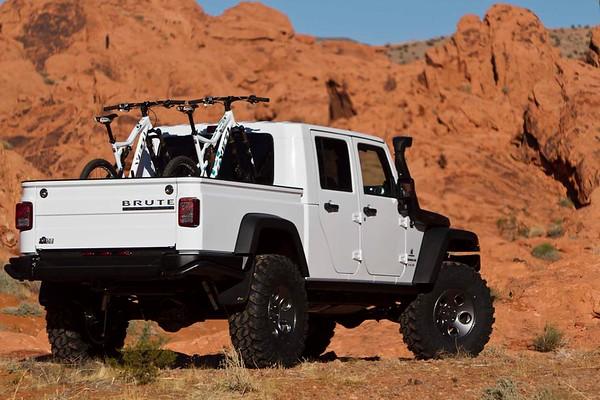 AEV Brute - Moab - White