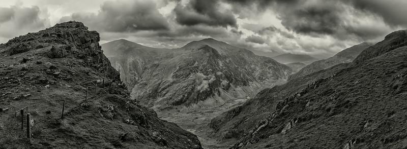 Snowdonia Panoramic 2 bw.jpg