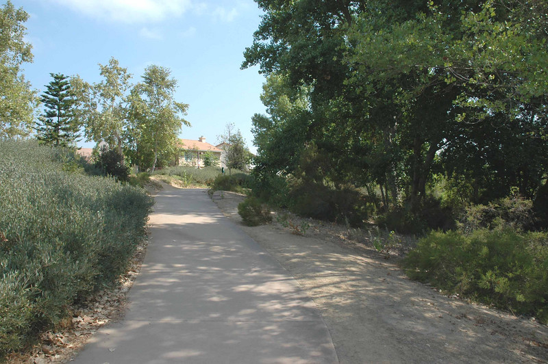 The walking trails of Mastpark add to the value of this community located near Santee's Town Center.