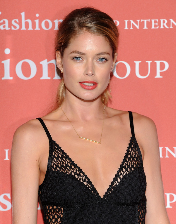". Model Doutzen Kroes attends the Fashion Group International\'s 30th annual ""Night Of Stars\"" awards gala at Cipriani\'s Wall Street on Tuesday, Oct. 22, 2013, in New York. (Photo by Evan Agostini/Invision/AP)"