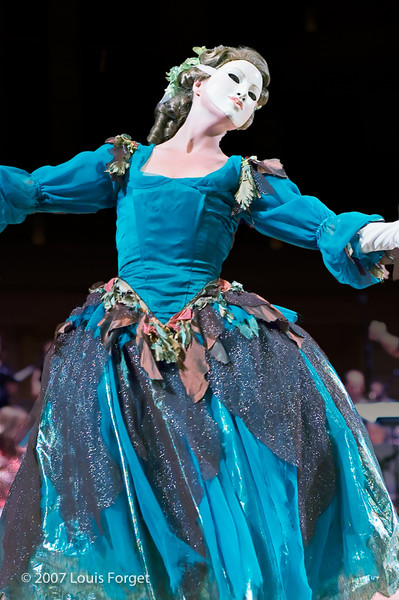 Caroline Copeland of the New York Baroque Dance Company in Opera Lafayette's production of Rebel and Francoeur's Zélindor, roi des Sylphes