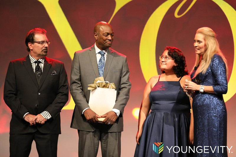 09-20-2019 Youngevity Awards Gala CF0223.jpg