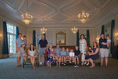 Pienovi Family