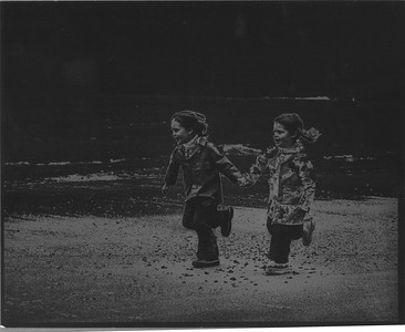 1975-B&W In Search of Worms