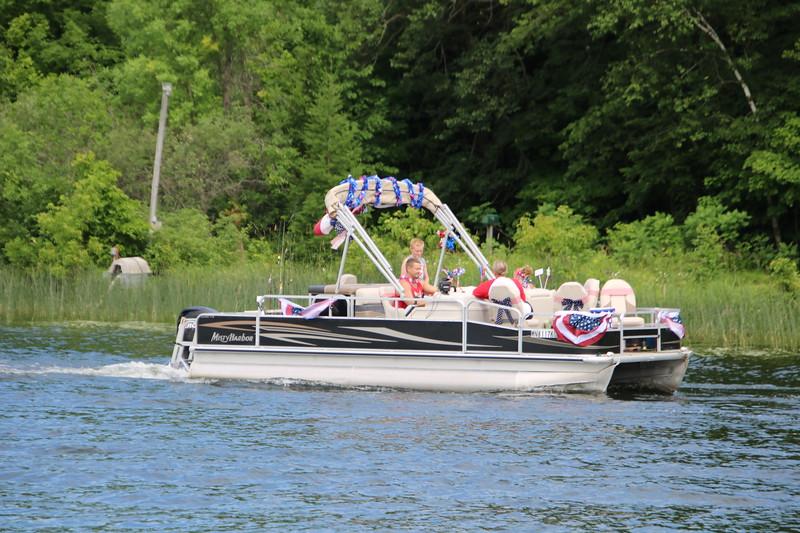 2019 4th of July Boat Parade  (83).JPG