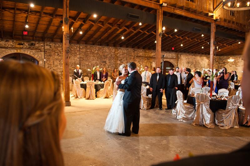 Jim and Robyn Wedding Day-321.jpg