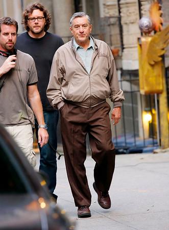 2008-06-05 - Robert DeNiro films Everybody's Fine