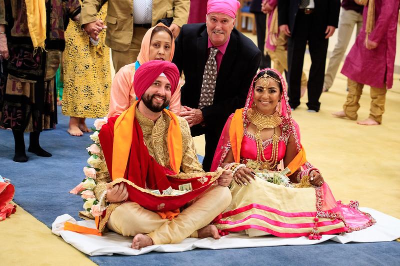 Neelam_and_Matt_Gurdwara_Wedding-1521.jpg