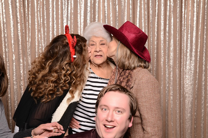 20180324_MoPoSo_Seattle_Photobooth_Number6Cider_Thoms50th-218.jpg
