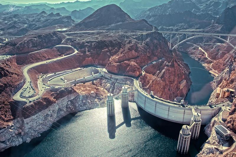 Hoover Dam Over Top View.jpg
