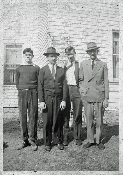 Dunno Frank Cecil and Grandpa.jpg