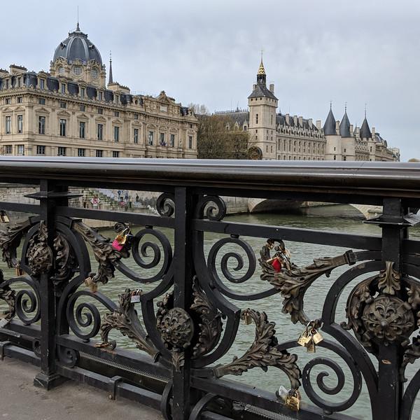 Lock bridge over Seine