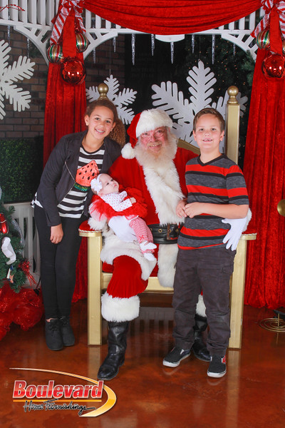Santa 12-10-16-198.jpg