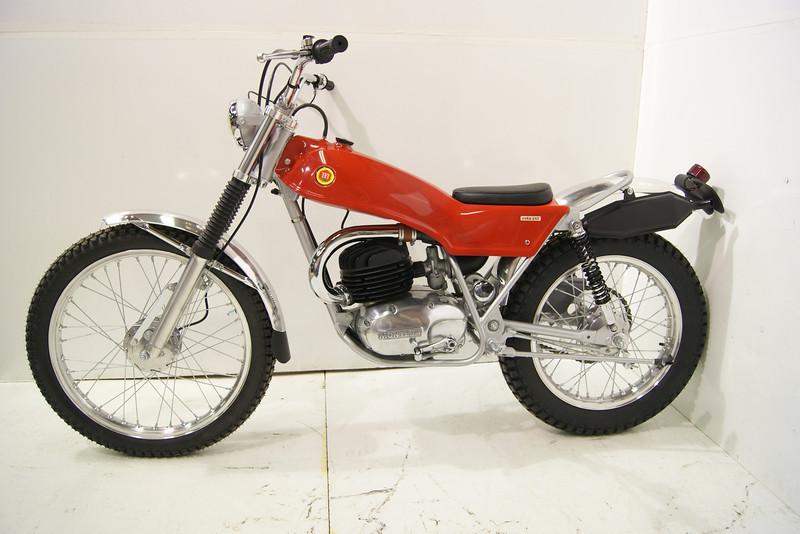 1971Montesa 7-11 012.JPG