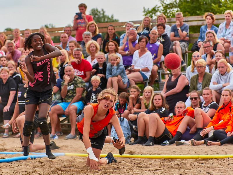 Molecaten NK Beach Handball 2017 dag 1 img 501.jpg