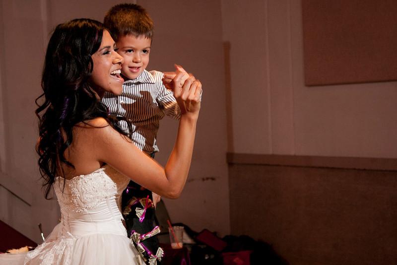 2011-11-11-Servante-Wedding-663.JPG