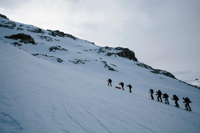 200124_Schneeschuhtour Engstligenalp_web-386.jpg