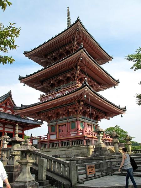 kiyomizudera17-1771713583-o_16822492611_o.jpg