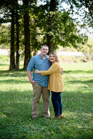 Heather & Dakota {Engagement Mini} 2018