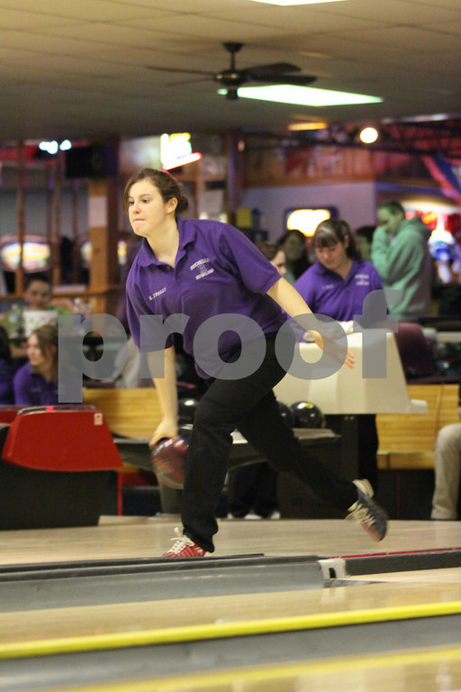 2009-10 RTHS LADY HUBS BOWLING vs CHRISTAIN LIFE