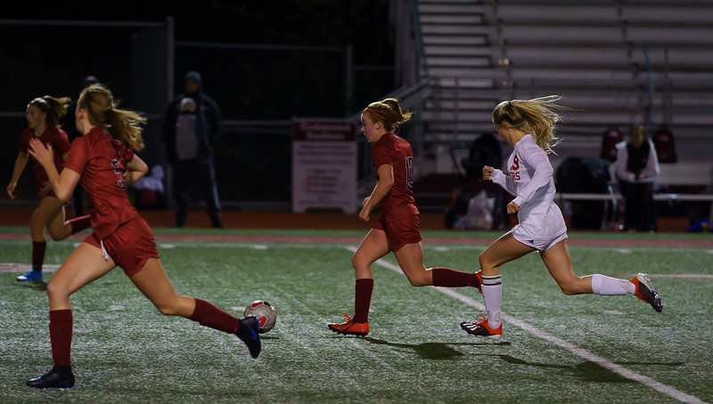 2019-10-01 Varsity Girls vs Snohomish 085.jpg