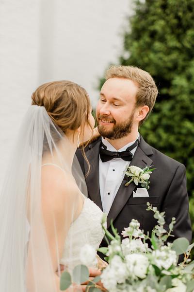 426_Ryan+Hannah_Wedding.jpg