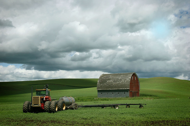 Barn with tractor, Washington