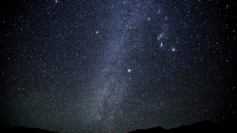 Geminids Meteor Shower 2010.m2t